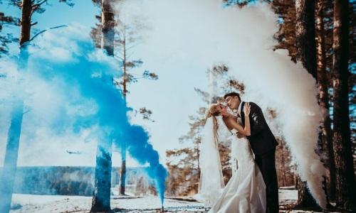 Цветной дым для фотосессии на свадьбу в Минске